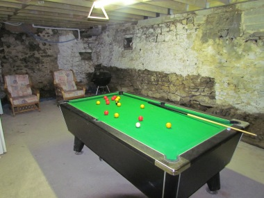 Pool table - games room