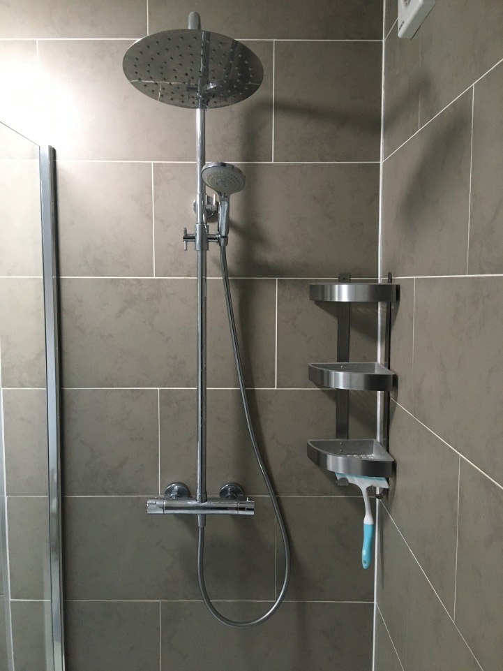 Drench shower